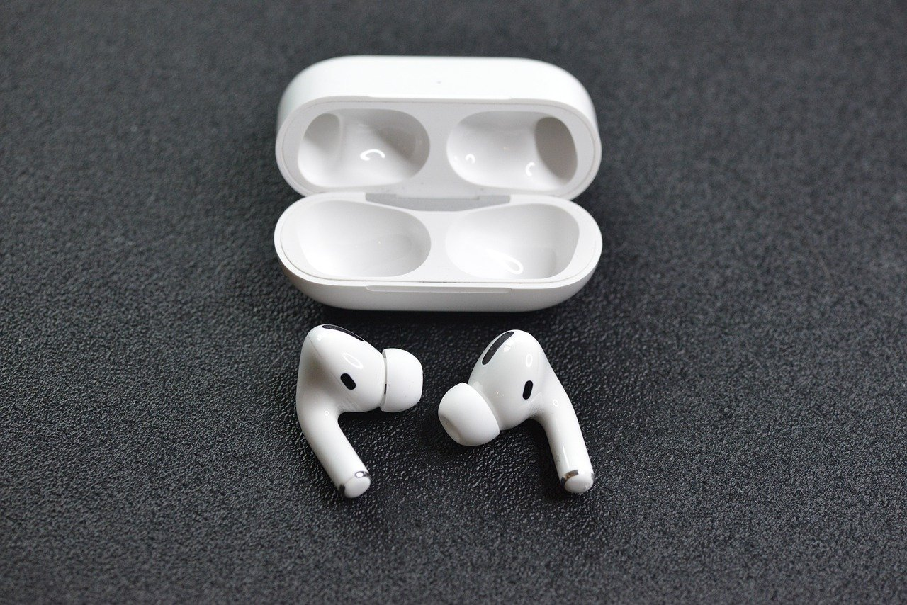 To encourage teens to get their COVID-19 vaccine Washington, D.C. giving away free AirPods
